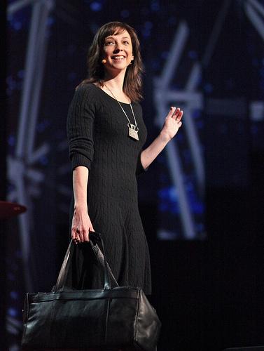 Susan Cainová na jedné ze svých přednášek Foto: jurvetson (flickr.com)